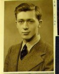 Edwin Morgan in 1940. (MS Morgan Scrapbook 11)