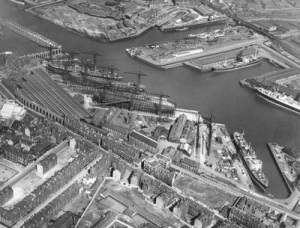 Harland & Wolff Shipyards, c 1937, Glasgow University Archive Services, Photographic Collection