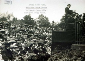 MS Farmer 616: Farmer conducting at the first Sunday concert in Kelvingrove, 1918