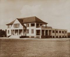 Westerlands sports pavilion, 1920s (UGC202/3/16)
