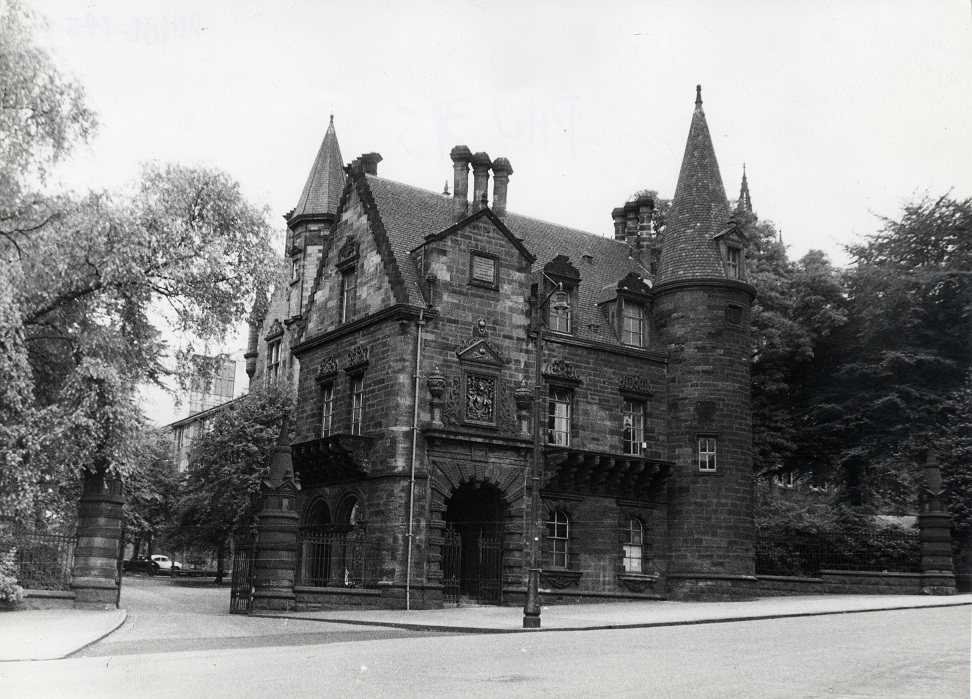Pearce Lodge, University Avenue. Architectural sculpture was taken from The Old College and incorporated throughout the building.