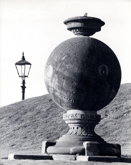 Lord Kelvin's Sundial (PHU/150)