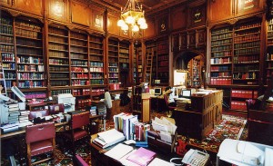 House of Lords Library: The Queen's Room (c) Parliamentary copyright images are reproduced with the permission of Parliament