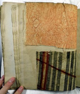 Two tapa samples from Shaw's catalogue (Sp Coll Hunterian K.5.22)