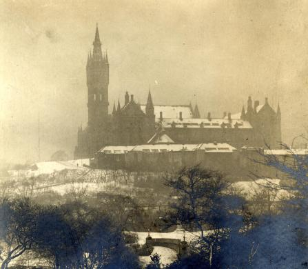 View of the Gilbert Scott Building from Kelvingrove Park dating from between c1901-1930s (PHU1/148)