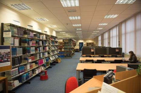 16 - 051 James Ireland Library 140