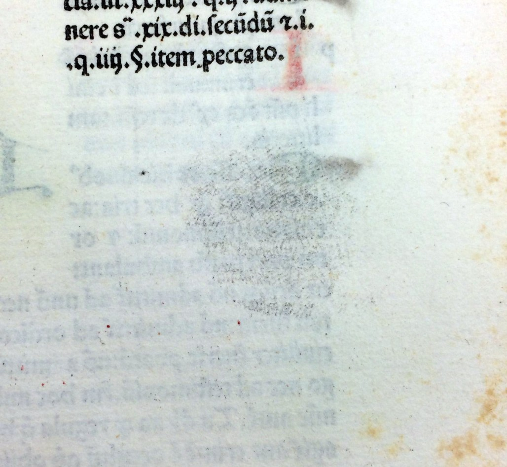 "Inky fingerprint in Gratianus' ""Decretum"" (Sp Coll Hunterian Bw.1.12)"