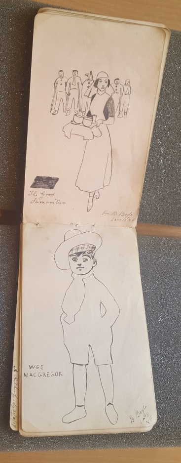 This autograph book, dating from 1917-1924, is thought to have belonged to one of the hospital's nurses. 100 years later, however, it can be very difficult to correctly identify the provenance of the item.