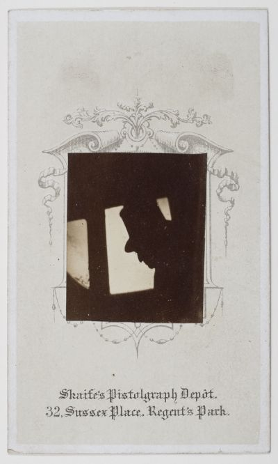 Pistolgraph by Thomas Skaife, taken on a moving train (Dougan Add. 141 Item 22)