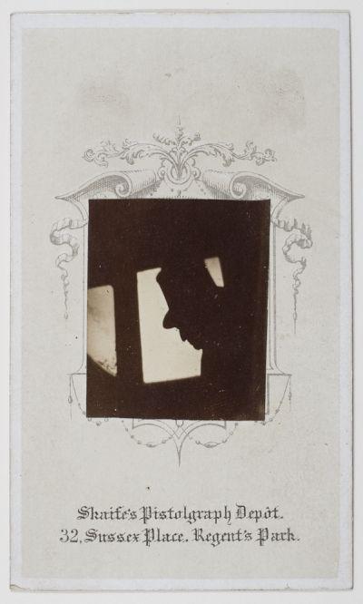 Pistolgraph by Thomas Skaife, taken on a moving train (Dougan Add. 141 Item 22)