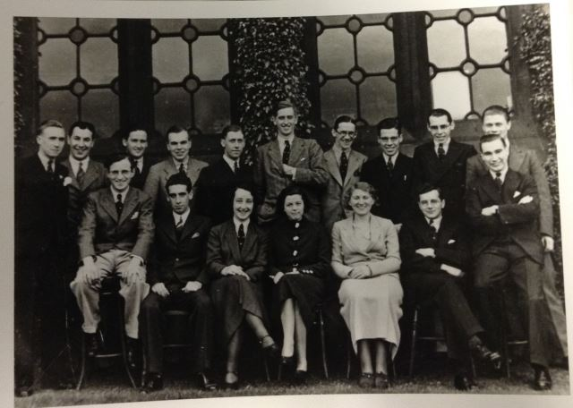 Lillias Barron Chemistry Class Photo DC374-6-2ii