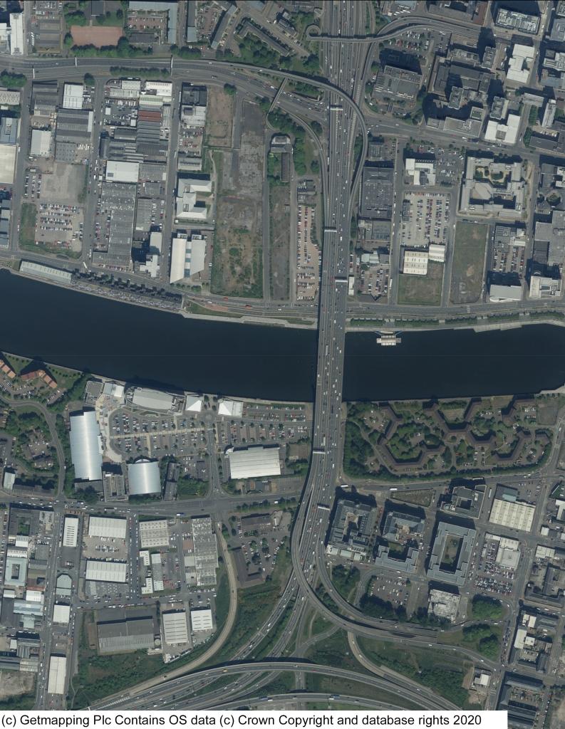 从空中俯瞰金斯顿桥。